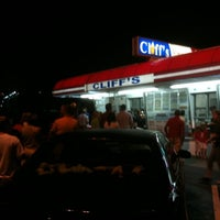 Photo taken at Cliff's Homemade Ice Cream by stephen h. on 8/11/2012