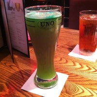 Photo taken at Uno Pizzeria & Grill - Holyoke by Nicholas on 3/17/2012