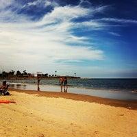 Foto tomada en Playa Pocitos por Ivan L. el 2/13/2013