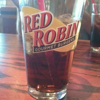 Photo taken at Red Robin Gourmet Burgers by Kitty N. on 10/7/2012