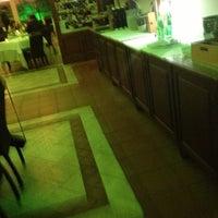 Foto scattata a Villa Verde Ristorante da Rudy N. il 10/10/2012