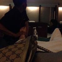 Photo taken at Segar-Sehat Traditional Massage & Reflexiology by Yuliani A. on 9/29/2013