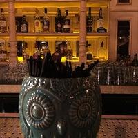 9/16/2016 tarihinde Cem ş.ziyaretçi tarafından Alexandra Cocktail Bar'de çekilen fotoğraf