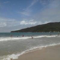Photo taken at Costão da Praia do Santinho by Márcio F. on 1/5/2013