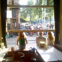 8/27/2013에 Fedor d.님이 Café Stevens에서 찍은 사진