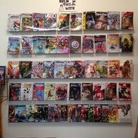 Снимок сделан в Floating World Comics пользователем Jess W. 11/10/2012