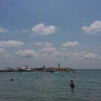 Photo taken at Playa de Mascarat Sur / La Barreta by Judita M. on 8/19/2014