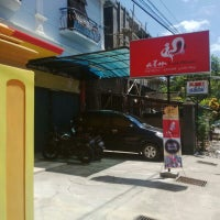Photo taken at ATM Fried Chicken by Anggara P. on 3/29/2014
