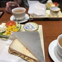 Photo taken at CAFÉ de CRIÉ 道玄坂上店 by ori e. on 10/3/2017
