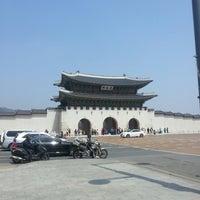 Photo taken at Gwanghwamun by Dohyun L. on 4/17/2013