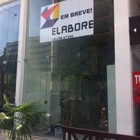 Foto tirada no(a) Elabore //collab.store por Andr�a F. em 5/2/2014