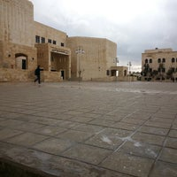 Photo taken at مبنى القاعات الصفية الغربي by محمد ا. on 3/12/2014