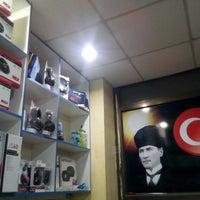Photo taken at Yavuz Elektronik by Uğur Y. on 3/3/2014