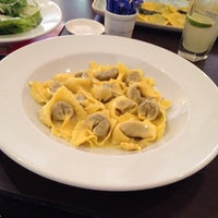 Photo taken at Carluccio's by Doug M. on 8/6/2014