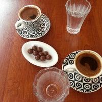 Photo taken at 1 NUMARA CAFE by Gamze E. on 9/7/2014