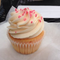 Photo taken at Main Street Cupcakes by Edward E. on 6/21/2014