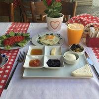6/20/2016 tarihinde Burc K.ziyaretçi tarafından CanCan Gurme Kahvaltı'de çekilen fotoğraf
