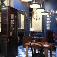 Photo taken at Brunswick House Cafe by Diana V. on 11/18/2012