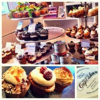 Photo taken at MoMade Cupcakes by Katrien D. on 10/21/2012