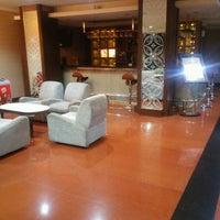 Photo taken at Pandanaran Hotel Semarang by Dono J. on 10/8/2016