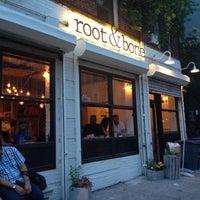 Foto tomada en Root & Bone por Lindsey B. el 7/8/2014