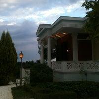 Photo taken at Λούκουλος by Mixalis D. on 6/15/2013