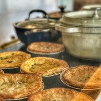 Photo taken at Fork-In Aussie Pie Kitchen, Santa Monica by Sedef P. on 2/21/2017