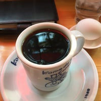 Photo taken at Komeda's Coffee by Koichi N. on 3/11/2017