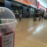 Photo taken at Starbucks by Mortda A. on 7/9/2017