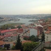Das Foto wurde bei Alibeyköy Teknik ve Endüstri Meslek Lisesi von Oğuzhan A. am 10/17/2014 aufgenommen