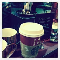 Photo taken at Starbucks by Haydee M. on 11/26/2013