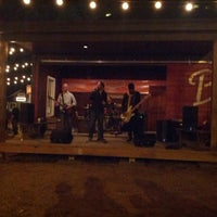 Foto scattata a Banger's Sausage House & Beer Garden da Brad D. il 3/9/2013