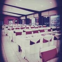Photo taken at Sivas Ticaret Ve Sanayi Odası Restaurant by Eser A. on 9/21/2016