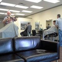 Das Foto wurde bei Piedmont Barbers von Orlando O. am 6/25/2014 aufgenommen