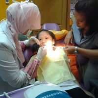 Photo taken at My DENTIST Dental Clinic by Lilis S. on 7/14/2013