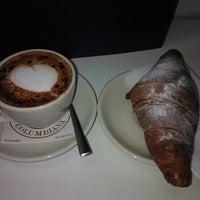 Das Foto wurde bei La Columbiana Kaffeerösterei von Stefano F. am 1/23/2014 aufgenommen