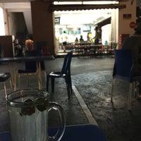 Photo taken at Restaurant Impian Shah Maju by SwINg P. on 2/22/2017