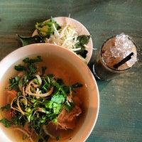 9/20/2013にNatalia T.がLúc Lác Vietnamese Kitchenで撮った写真