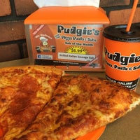 Photo taken at Pudgies Pizza by Gabrielle M. on 7/5/2014