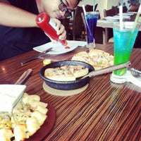 Photo taken at Pizza Hut by Intan C. on 10/11/2013