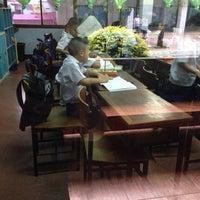 Photo taken at โรงเรียนอนุบาลลำปาง(เขลางค์รัตน์อนุสรณ์) by Chonnikan B. on 11/5/2014