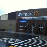 Photo taken at Walmart Supercenter by Marilyn D. on 4/15/2013