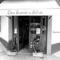 Photo taken at Con buena letra by Con buena letra on 1/19/2014