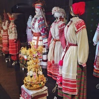 Photo taken at Музей белорусского народного искусства в Раубичах by Tatsi on 11/10/2015