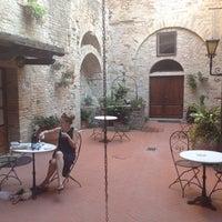Photo prise au Palazzo Buonaccorsi par Gunnar le7/8/2014