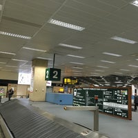 Photo taken at Baggage Claim 02 by Pieter D. on 2/9/2018