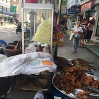 Foto tirada no(a) Tao Poon Market por ปัจเจก บ. em 12/6/2017