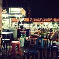 Photo taken at ตลาดสดคูขวาง by Leo R. on 8/29/2013