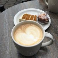 Photo taken at Starbucks by Galina Z. on 6/5/2017