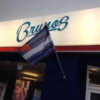 Das Foto wurde bei Brunos - Gay Shopping World von Juergen J. am 5/8/2014 aufgenommen